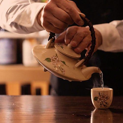 白薩摩焼の白千代香